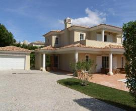 IB0158 - 4 bedrooms villa, between Quinta do Lago and Vale do Lobo
