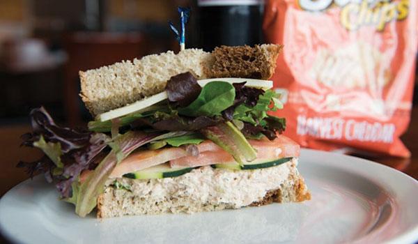 wm-sacks-sandwich