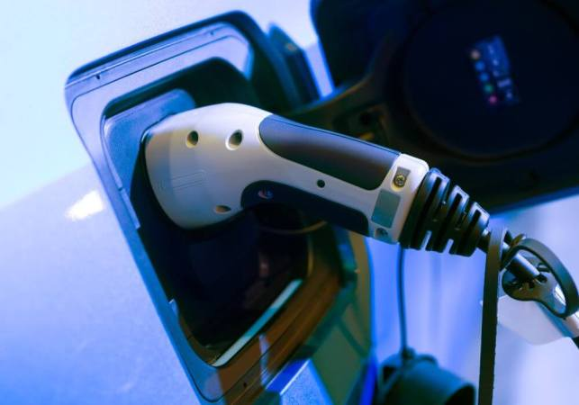 Gujarat Clocks Highest Electric Vehicle Sales, Followed By WB: Report