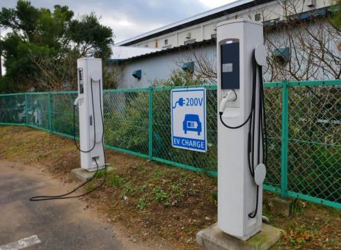 electric vehicles-payments-government