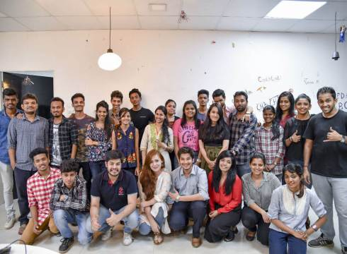 Fashion Recommerce Startup CoutLoot Raises $1Mn In Pre-Series A Funding