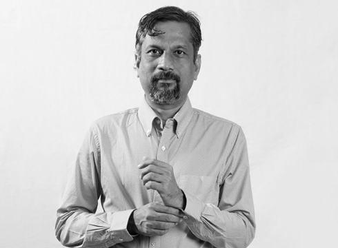 Sridhar Vembu Shares The Secret Sauce With Which He's Run Zoho Profitably For 21 Years