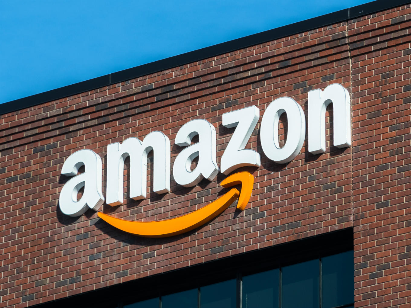 Amazon Falls After Missing Sales Forecast (NASDAQ:AMZN)