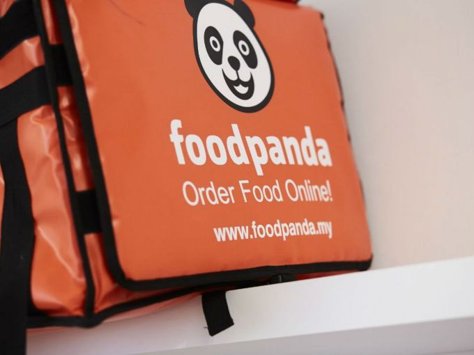 Is Foodpanda Pivoting To Cloud Kitchen Model With Layoffs & Delisted Restaurants?