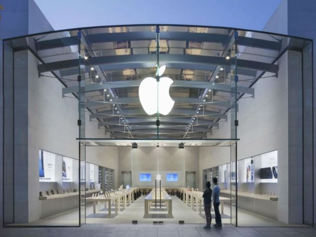 Inc42 Shots: Apple Closer To Bringing Apple Stores To India