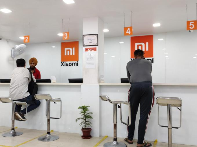 Xiaomi focusses on offline sales in India after claiming 50% of online smartphone sales