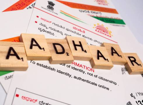 Govt To Soon Fulfil EC's Long-Awaited Demand To Allow Linking Aadhaar With Voter ID