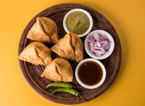 Samosa Singh Raises Fund From Fireside Ventures And Others For Expansion