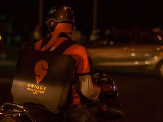 Swiggy Gives Up On 'Super' Subscription, Takes Up Alcohol Delivery