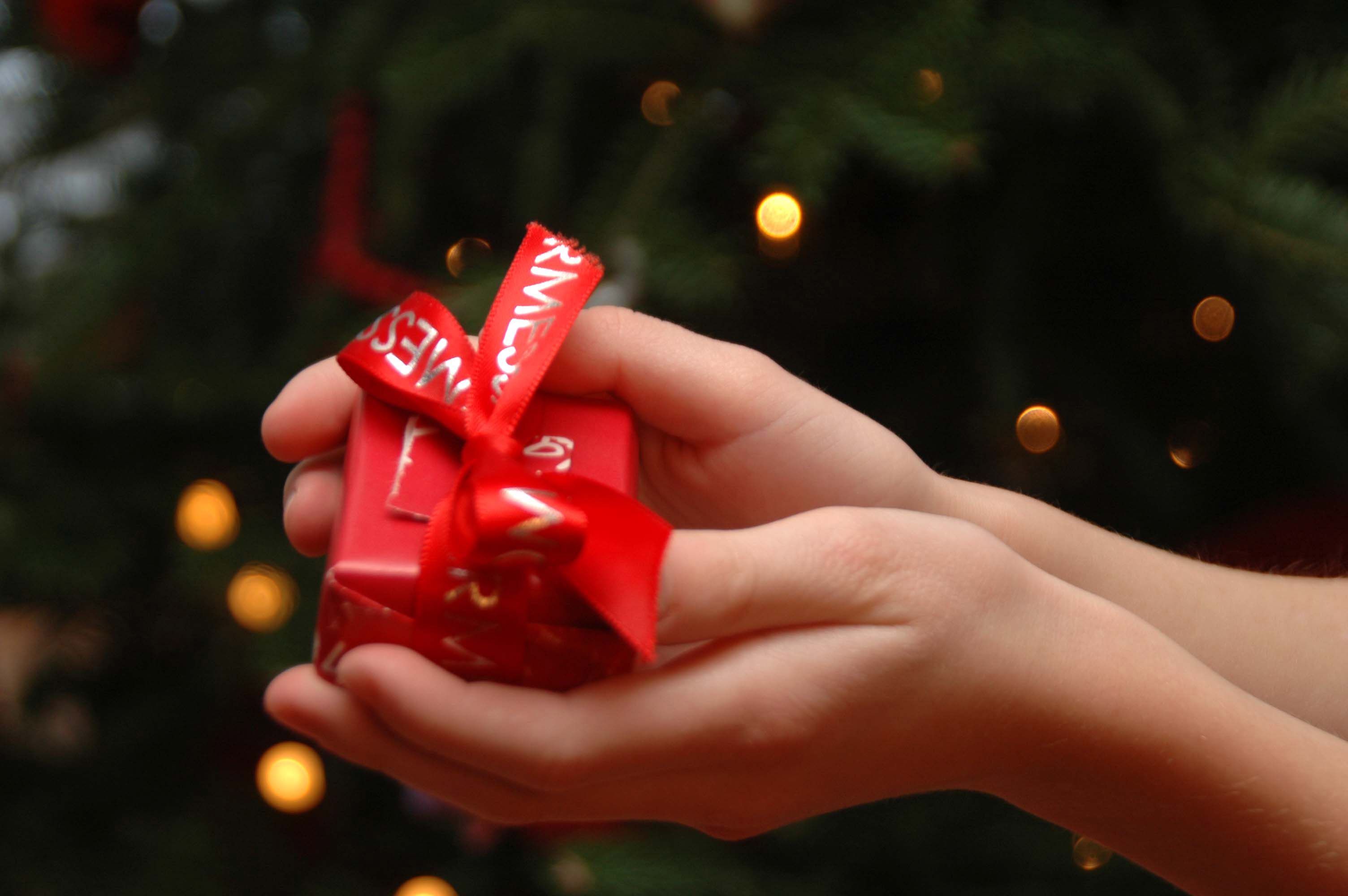 T Is The Season Christmas Giving In Caelo Et In Terra