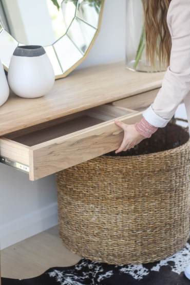 elim-table-with-drawers