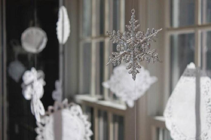 decorare-fereastra-craciun-4
