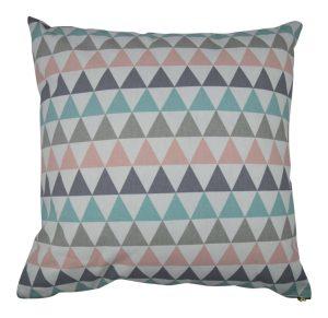 Perna decorativa cu triunghiuri