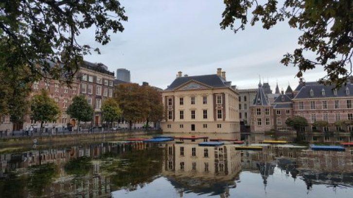 Zicht op Hofvijver en Mauritshuis