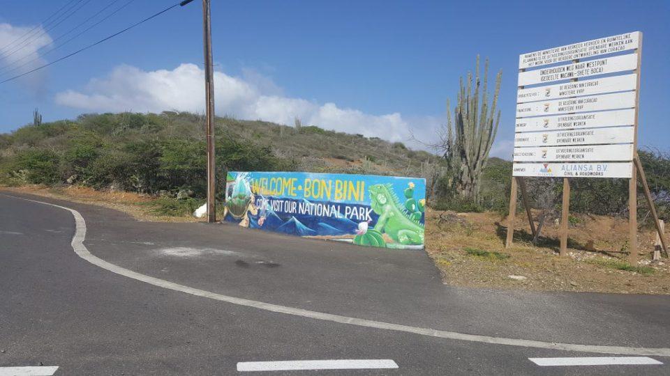 roadsign shete boka entrance