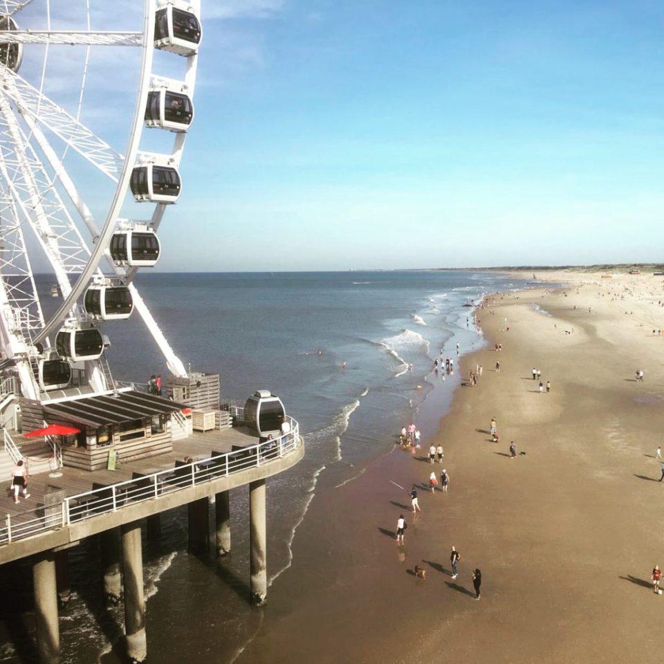 reuzenrad op de pier in Scheveningen