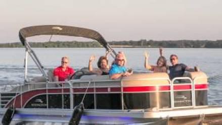 boating on lake oconee