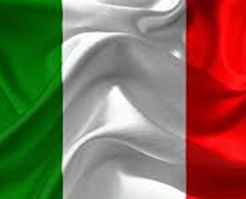 L'immagine evidenzia la bandiera italiana a rappresentare il contenuto dell'articolo che riguarda le tre blue chip italiane più forti al 25 aprile 2018.