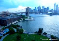 Blick von der Manhattan auf die Brooklyn Bridge