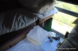Wer unten schläft,muss die Mitreisendenin seinem Bett sitzen lassen