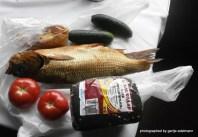 Fisch und Piroggen aus Barabinsk, Gemüse vom Markt
