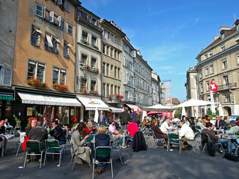 geneva-sidewalk-cafe