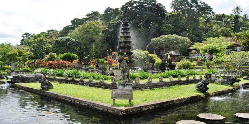 Tirta Gangga Water Palace Karangasem