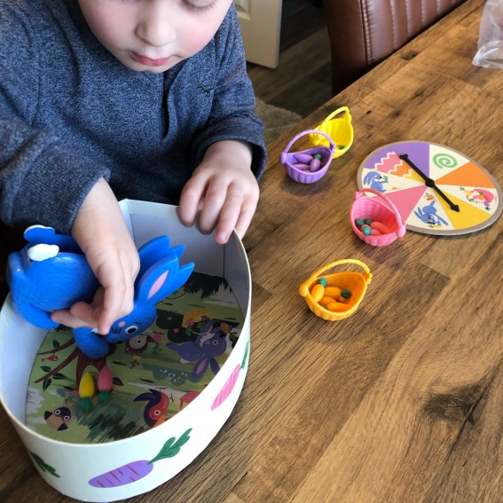 Happy Easter bunny game colour sorting