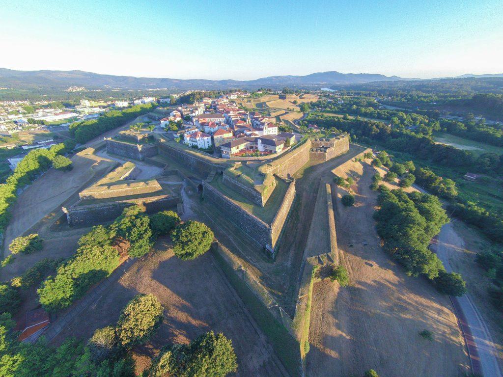 Fortaleza de Valença, um dos pontos altos de arquitetura militar em Portugal e ponto de paragem nos Caminhos de Santiago de Compostela