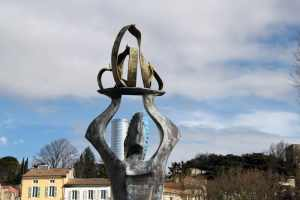 sculpture de torros la drome jardin des senteurs montelimar