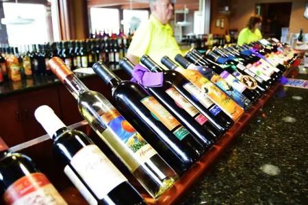 Dégustation des vins au salon de la gastronomie à Montélimar