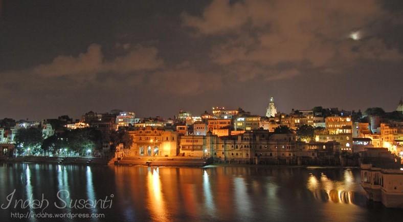 Udaipur at night