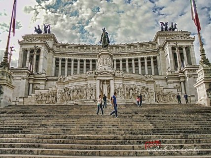 Without fisheye lens: Altar of the Fatherland