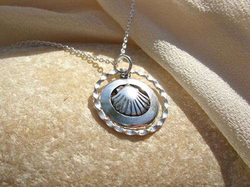 Concha Shell love jewellery