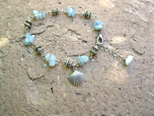 Aquamarine Camino travel bracelet