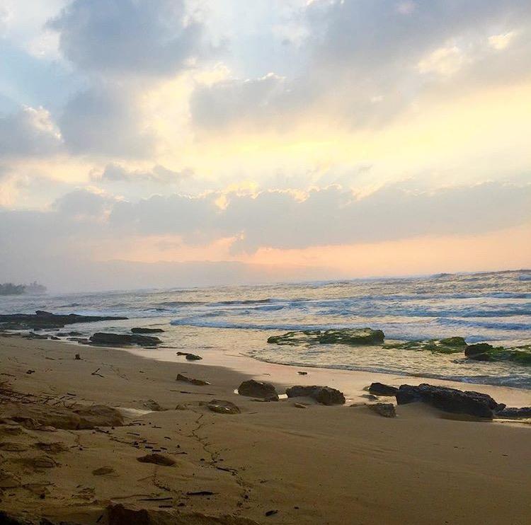 sunset papiloa beach