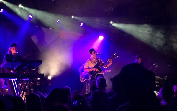 Dan Croll live at The Independent San Francisco with The Dig in September 2017