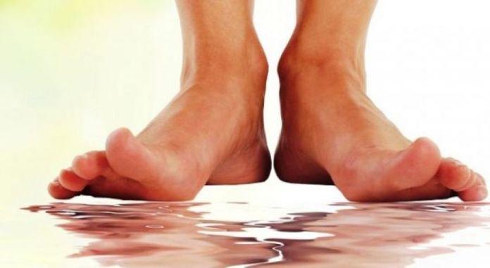 Djegia e këmbëve, tregues të këtyre problemeve shëndetësore ...