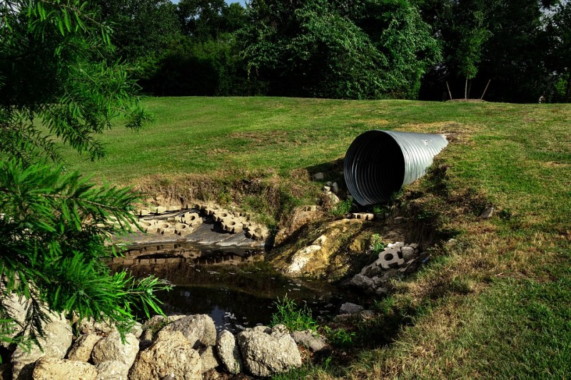 Storm-sewer-drainage-pipe