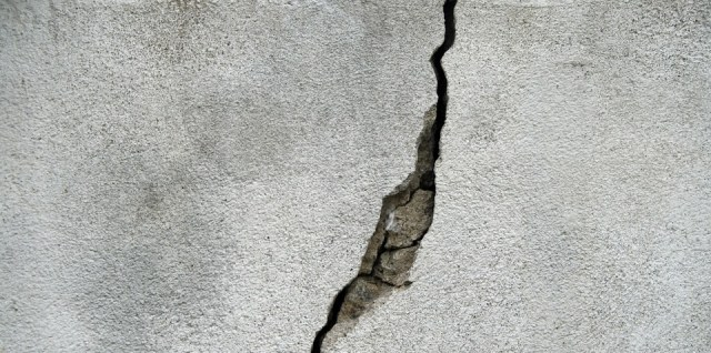 Cracked concrete foundation