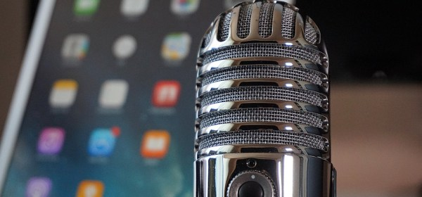 Podcast microphone online internet radio