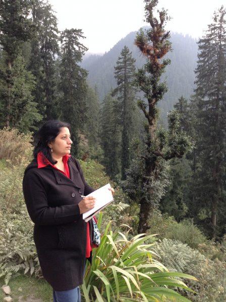 Artist Chitra Vaidya sketching in Himalayas