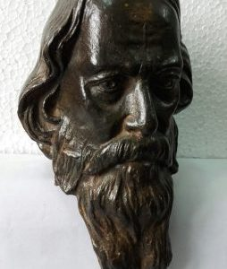 Announcing Rabindranath bronze sculpture on Rabindra Jayanti