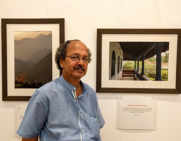 Prof. Yashwant Pitkar at Milind Sathe's photography exhibition at Nehru Centre Mumbai (2016)