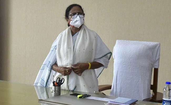 """""""Need 20 Lakh Vaccine Doses For Frontline Workers"""": Mamata Banerjee To PM"""
