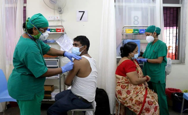 Bengaluru Urban Tops Among India Districts In Monday's Vaccine Drive, Says Minister