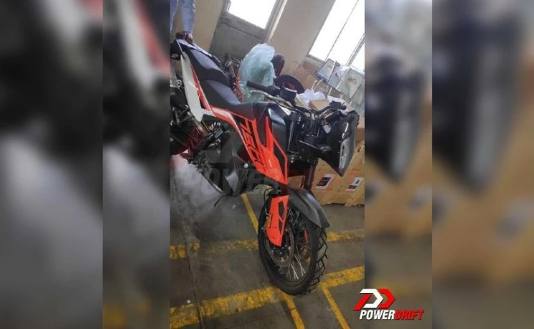 KTM 790 Adventure Spotted At Bajaj Factory In Chakan, Launch Imminent?