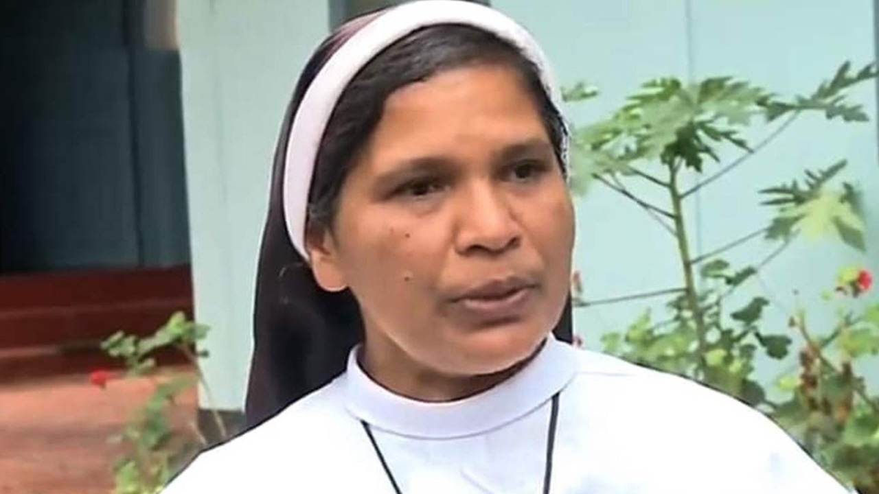 'Nowhere Else To Go': Sister Lucy, Who Protested Against Rape Accused Bishop, Expelled From Convent
