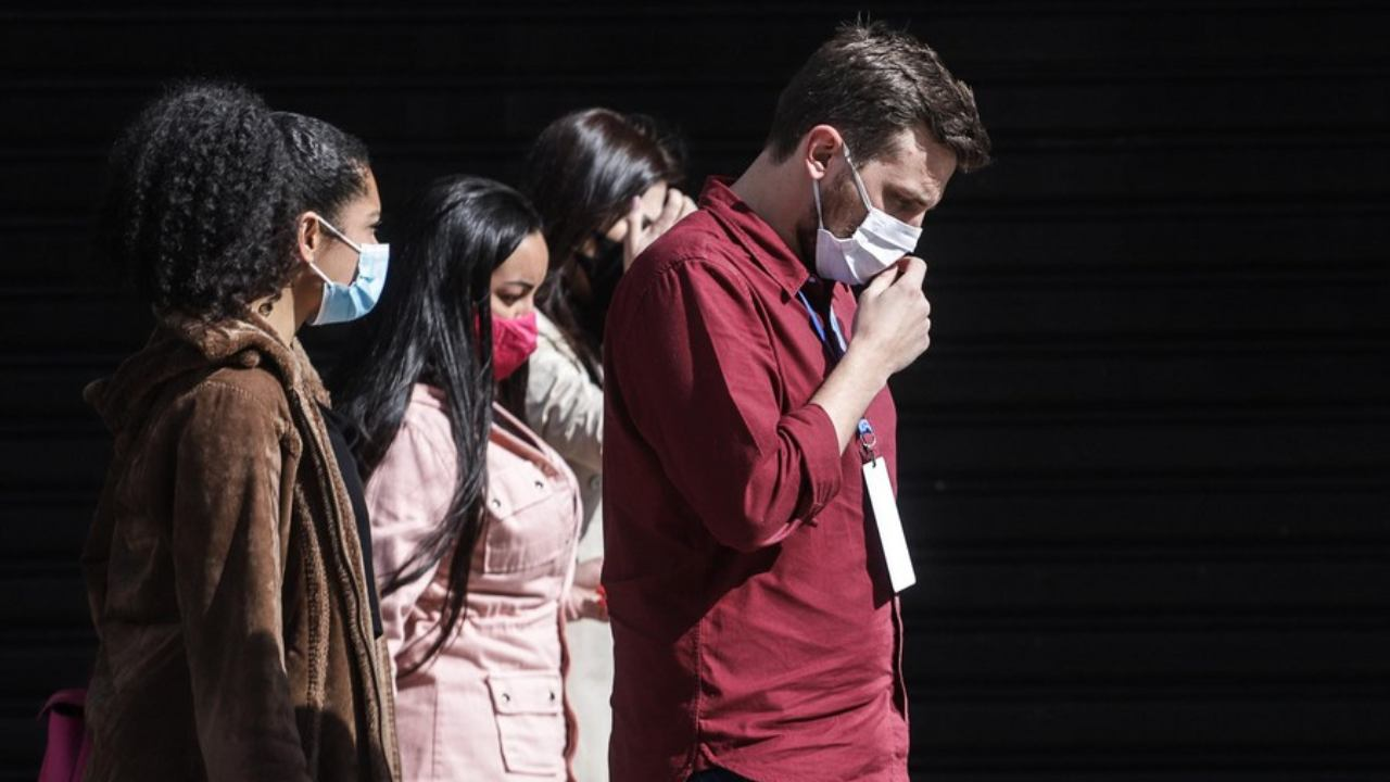 Potential Tinderbox, Warn Experts as Covid Cases Rise Globally Amid Slow Vaccination, Mask Fatigue