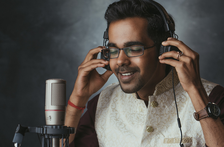 Vinod Krishnan Mixes R&B with Carnatic Music